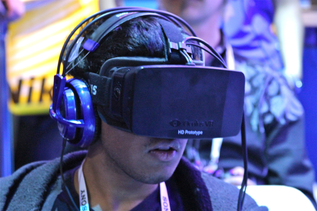 CES2014_Oculus_Rift_1