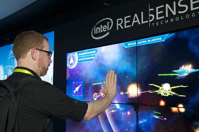 CES_2015_Intel_RealSense
