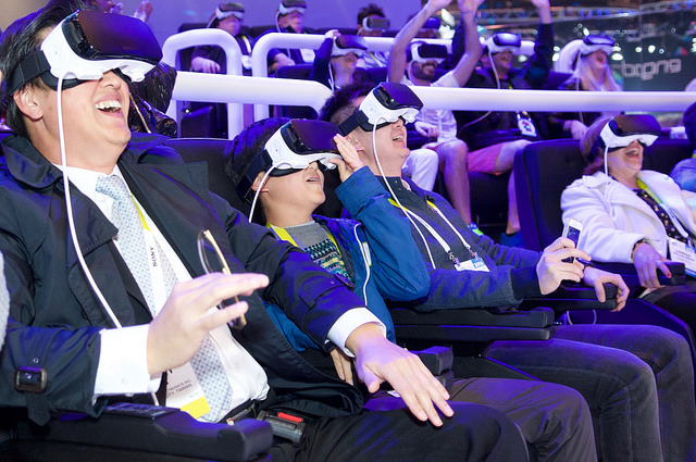 CES_2016_Samsung_Gear_VR