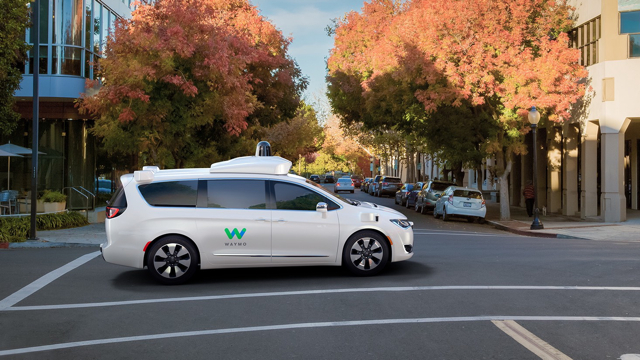 Waymo_Chrysler_Fiat_Automobile
