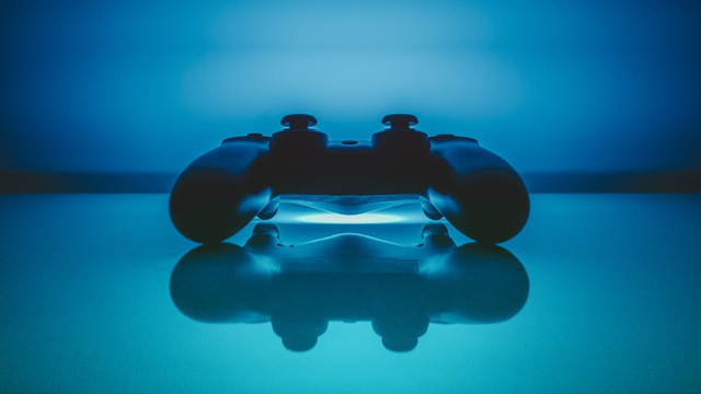 Video_Game_Pad_Controller_Reflection