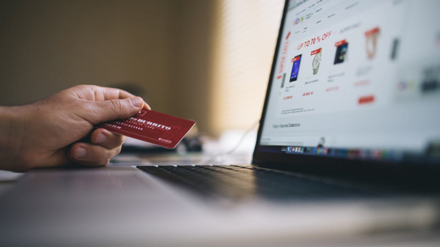 Online_Shopping_Credit_Card