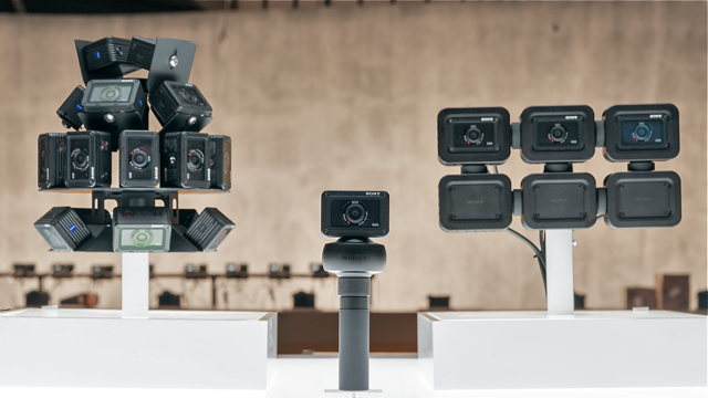 CES_2018_Sony_RX0_Camera