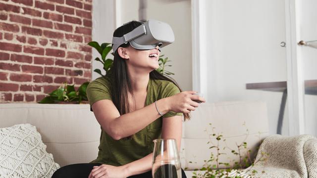 Facebook_Oculus_Go_VR