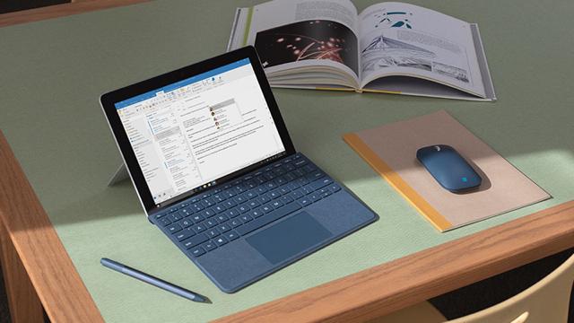 Microsoft_Surface_Go_Keyboard